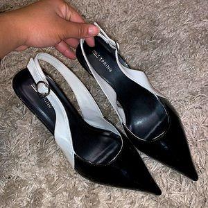Short heel sandals